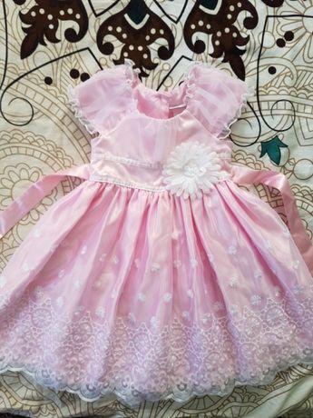 Красиве платтячко для дівчинки 3 р