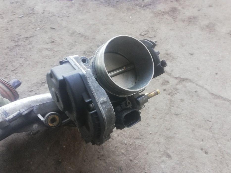 Przepustnica Passat b5 2.3 vr5 Komorowo - image 1