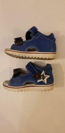 Sandałki skórzane dziecięce / niemowlęce rozmiar 22