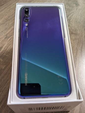 Телефон флагман Huawei P20 Pro 6/128Gb - original
