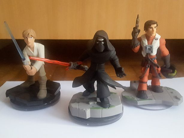 Disney Infinity 3.0 STAR WARS: Kylo Ren, Luke, Poe Dameron + karty