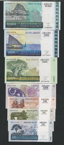 Conjunto 7 notas Madagáscar Ariary raro UNC