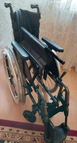 Nowy wózek Manualny Motus CV Ottobock z poduszką przeciwodleżynową