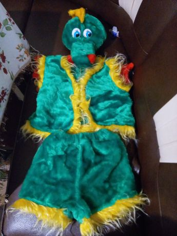 Продам новорічний костюм для хлопчика 6-7рочків