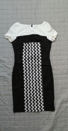 Sukienka wzorzysta Tatuum