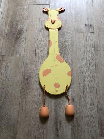 Żyrafa miara wzrostu z drewna