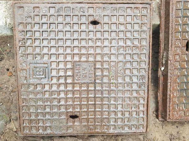 Właz żeliwny 40 kwadrat