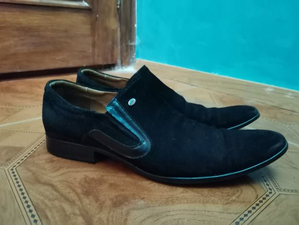 Взуття замшеве