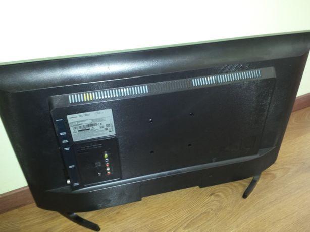 Telewizor Samsung UE32M5002AK rozbity