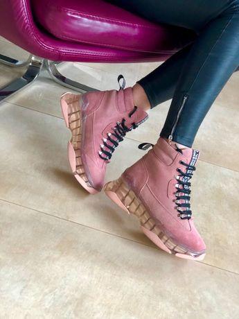 ботинок женский на меху 37р длинна стельки24см