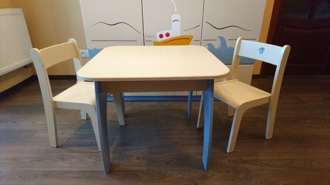 Детский стол и стульчики Meblik (Польша)