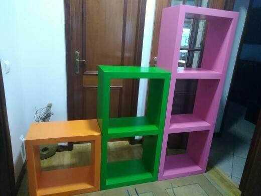Móvel Rosa, Verde e Laranja