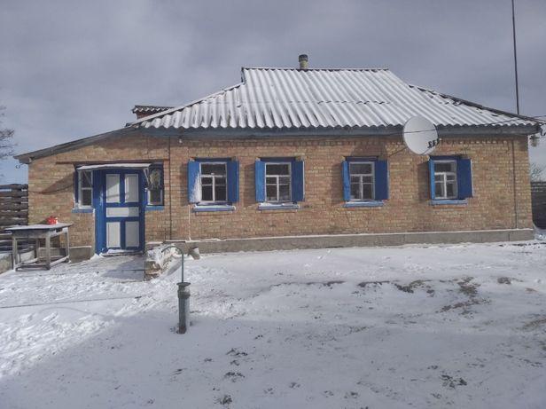 Продам жилой дом в с.Россошинцы