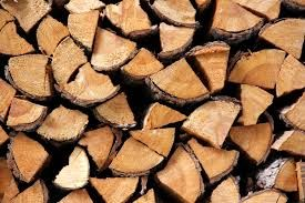 LIsciaste twarde drewno kominkowe