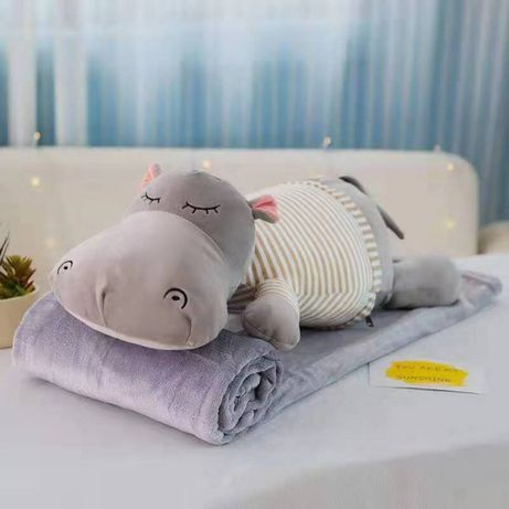 Плед - мягкая игрушка 3 в 1 (Бегемотик серый в бежевой тельняшке)
