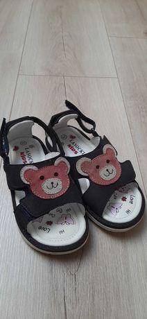 Nowe sandały Lasocki