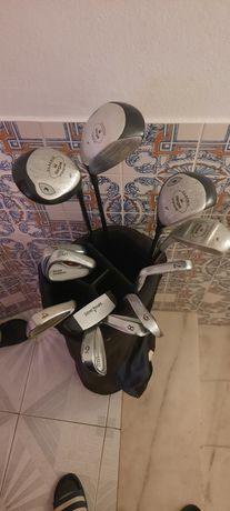 Vendo todos os tacos de golfe