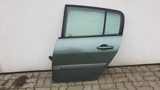 Renault Megane II HB 5d drzwi tylne lewe lewy tył kompletne TED97