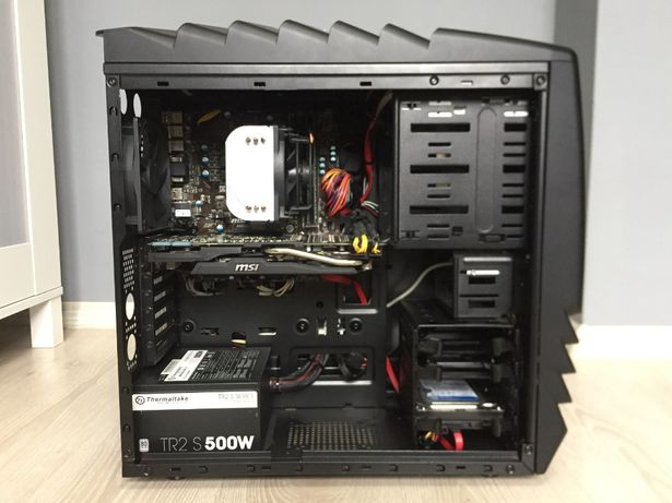 Komputer do grania AMD A10-5800K 3.80GHz - 12GB ram - Radeon R9 280 3G