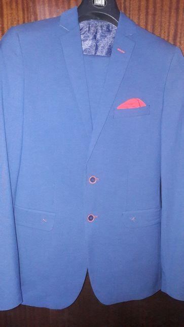 Продам мужской костюм 46р