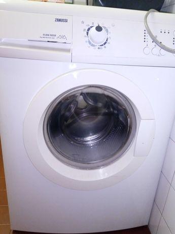 Vendo maquina de lavar roupa para peças