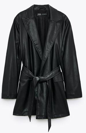 Długa kurtka ze sztucznej skóry czarna Zara rozmiar S