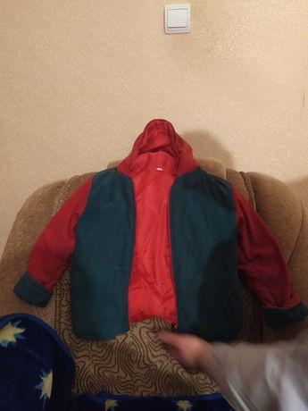 Тёплая и зимняя курточка на девочку