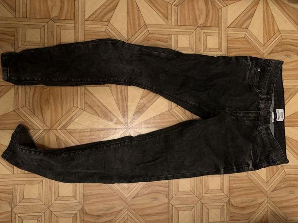 Мужские джинсы bershka,pull&bear