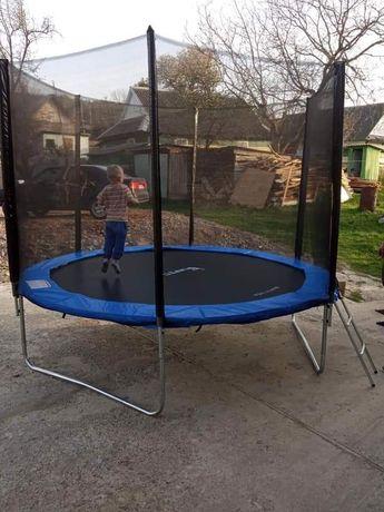 Батут 3метри для дорослих та дітей, є багато інших розмірів