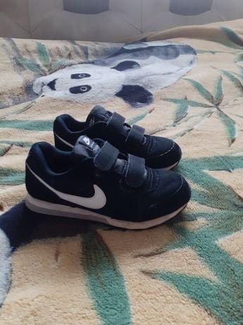 Кросівки на хлопчика