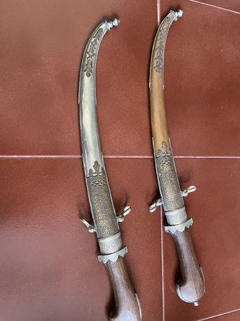 Espadas decorativas marroquinas antiguidade