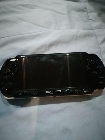 Vendo PSP desbloqueado carregado de jogos