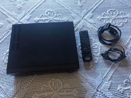 VHS SONY SLV-E120 com comando a funcionar