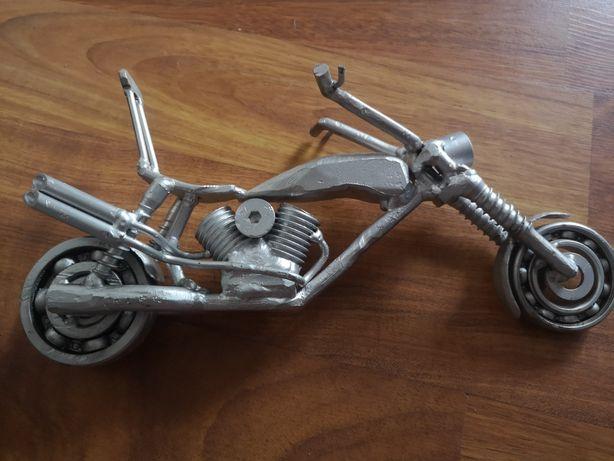 Metaloplastyka motor chopper