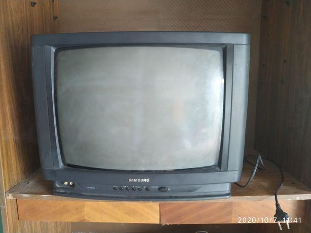 Телевизор цветной Самсунг