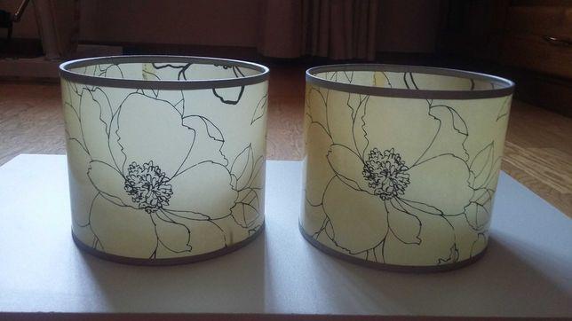 Abat-jours com motivos florais