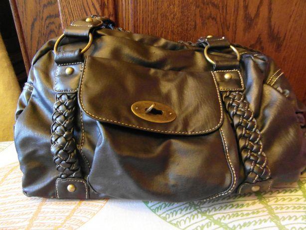 Czarna torebka z plecionymi rączkami New look