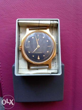 Relógio classico dourado 9k