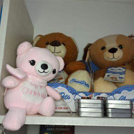 Мягкие игрушки в идеальном состоянии, некоторые в коробках на подарок