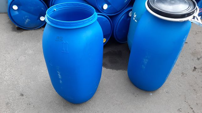 Бочки пластик 125л 160л бу пищевые чистые