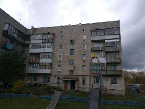 Срочно продам квартиру в пгт.Ямполь