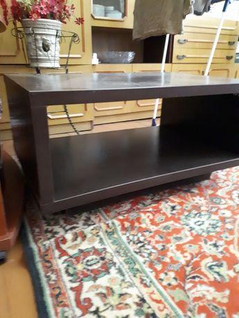 продам столик деревянный