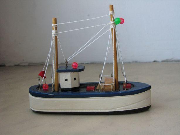 Модель Кораблик Корабль Рыболовецкая шхуна Сейнер Винтаж