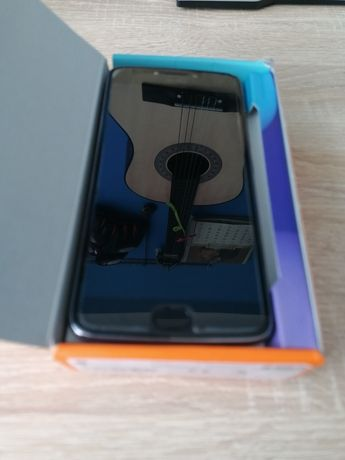 Warto: Lenovo Smarfon Motorola motoe4 plus z 4G