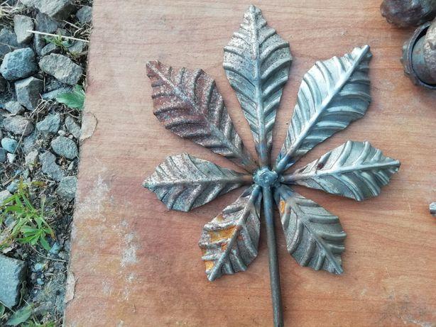 Liście kasztana metalowe