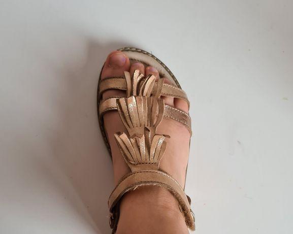 Złote sandałki Lasocki young r.35