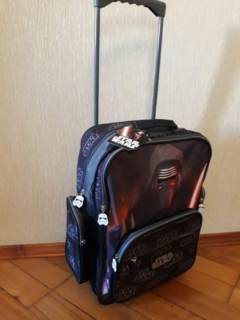 Новий рюкзак STAR Wars на колесиках