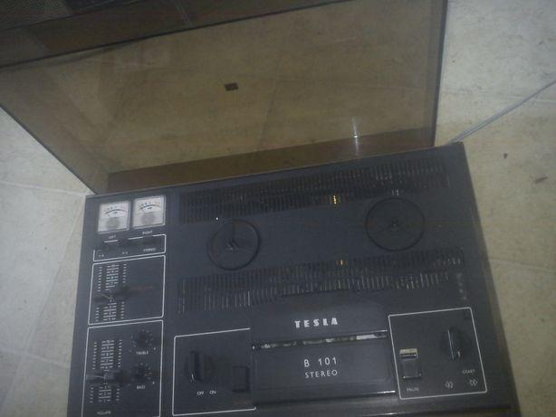 magnetofon szpulowy Tesla B 101 sprawny, stereo,staroć PRL