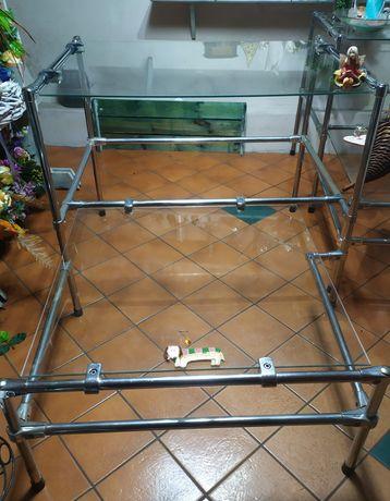Regał sklepowy szklane półki