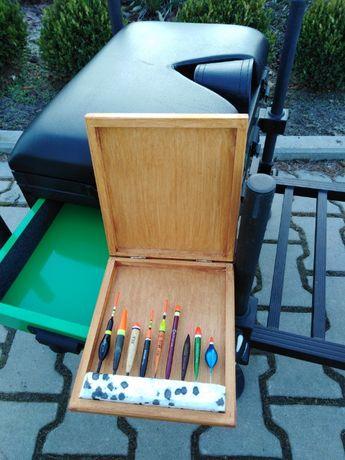 Drewniane pudełko na spławiki do bata Prezent dla wędkarza